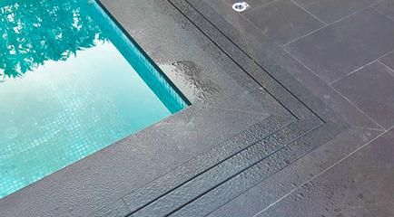 Flexpool - Granit Bazalt ile Izgarasız Havuz